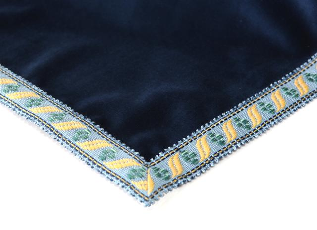 Luxury Bridge Table Cloths