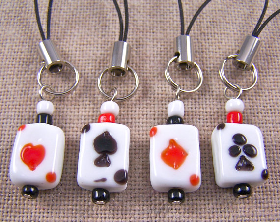 Wine Charms / Beer Bottle Marker - Cards Poker Night - Set of 4 - Red White Black Glass Beads Hearts Diamond Spades Clover Suit Charms