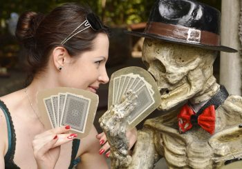 haunted casinos skeleton poker - Gifts for Card Players