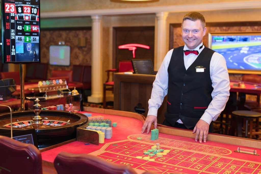 Casino Careers: Where to Learn & Apply