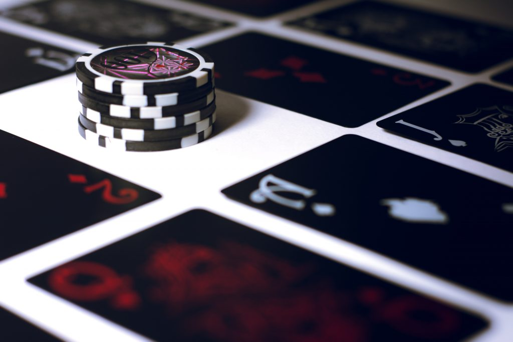 Six Don'ts For Beginners to Improve Their Poker Performance