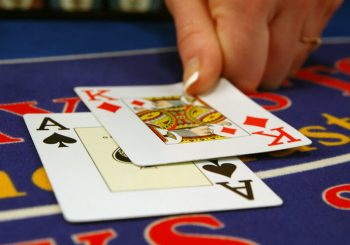 Beginner Tips for Gambling on Card Games