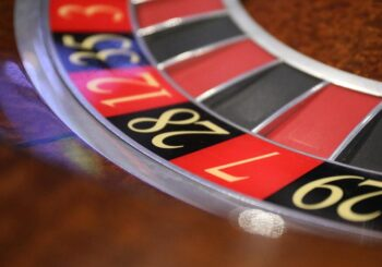 Online Casino Safety Gambling Tips - Gifts for Card Players