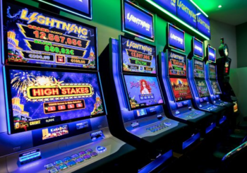 What are Lightning Link Pokies & How to Play Casinos in Australia - Gifts for Card Players