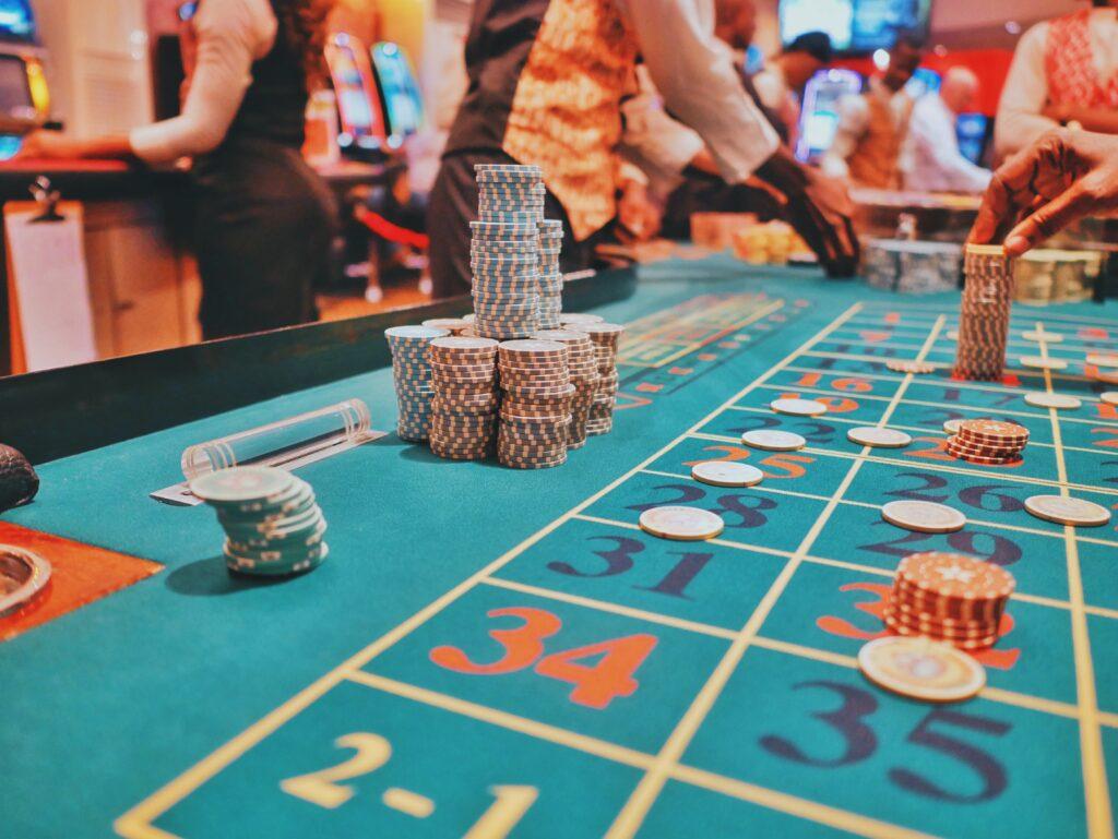 How to Make Money Off Casino Gambling