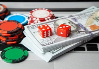 Canadian Online Casinos: Are they Safe ? - Gifts for Card Players